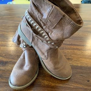 Girls - Justice Slouchy Boots - Size 2